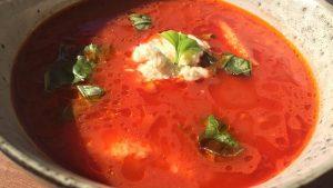 paradajz corba sa knedlama